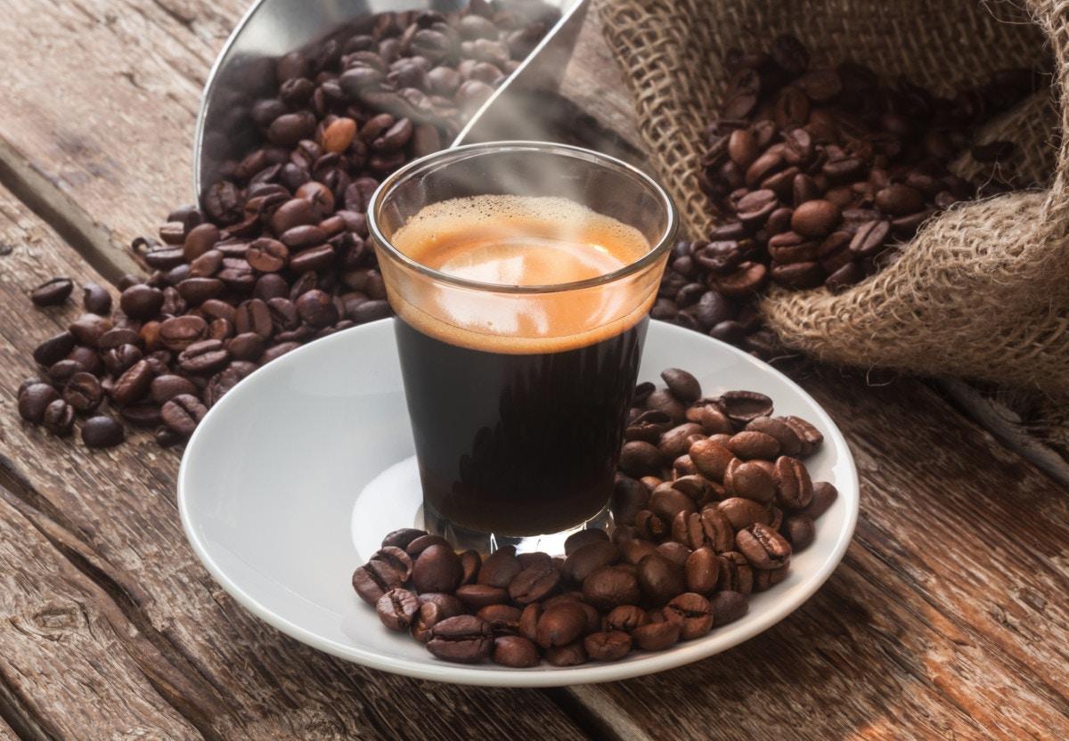 中 摂取 量 カフェ イン 妊娠