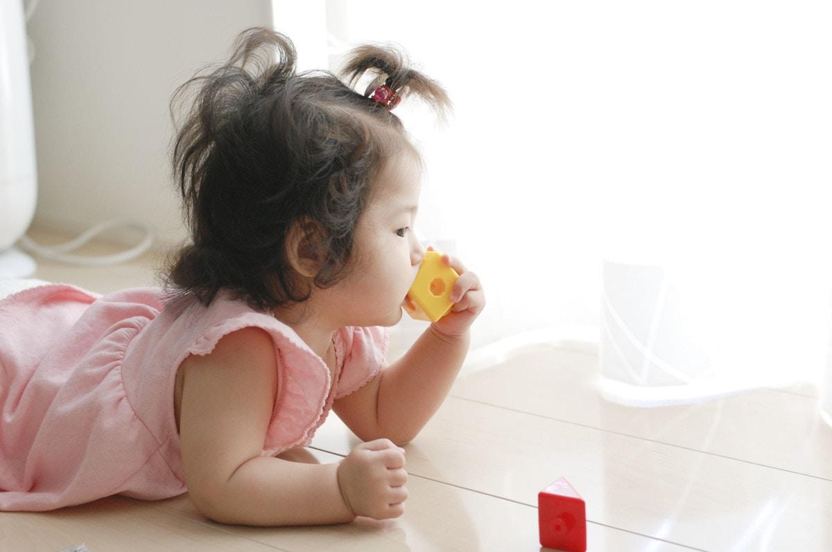 生後5ヶ月の赤ちゃんの成長の様子と子育ての知識 ママリ