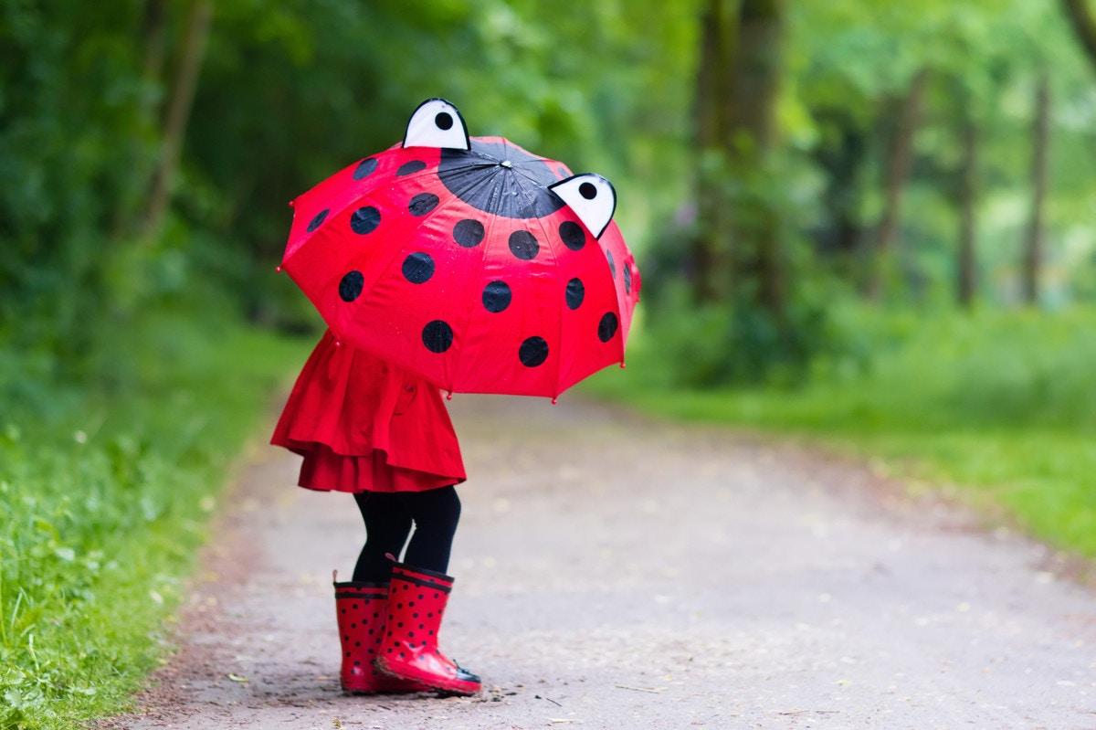 6c5543c878a64 梅雨をかわいいレインブーツで乗り切ろう!子供におすすめの長靴5選 ...