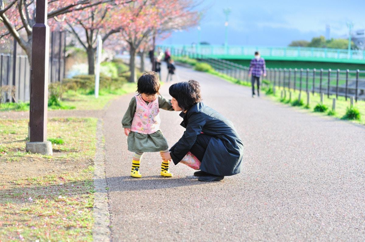 1 歳 歩き つま先