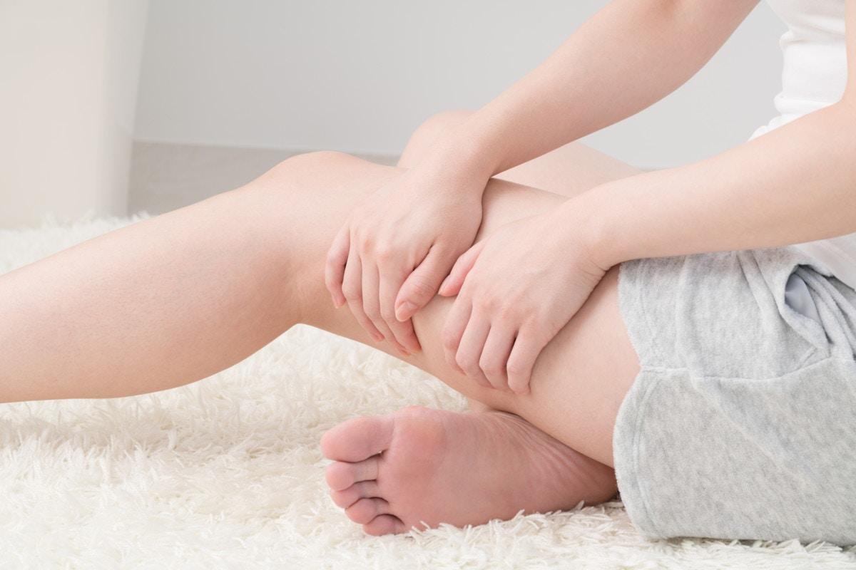 妊娠 初期 足 の むくみ 妊婦の足のむくみ:医師が考える原因と対処法|症状辞典