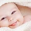 新生児微笑や社会的微笑って?赤ちゃんの笑顔が見たい!