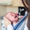 生後1ヶ月の赤ちゃんが夜寝ない!睡眠不足でもう限界です…