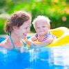プールデビューの注意点!子供と一緒に楽しめる可愛いベビー浮き輪をご紹介