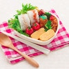 暑い時期のお弁当作りのコツ。傷みにくい食材とおすすめレシピ