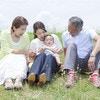 他人ごとではない…35歳以上で出産した女性の半数が経験する、ダブルケアの実情