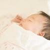 【医療監修】新生児の呼吸が荒いときに考えられる原因や病気、受診の目安