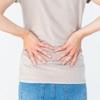 【医療監修】妊娠初期の腰痛にはどう対処する?痛みの原因と対処法、流産との関係性