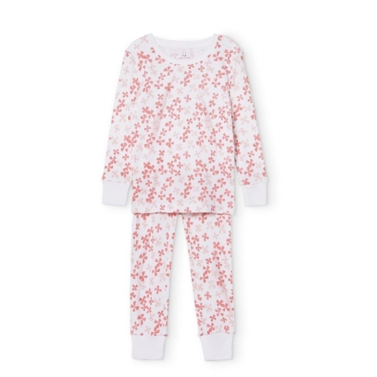 d911ab373bb06 優しいピンク色のかわいらしい花が、パジャマいっぱいに咲いているようなデザインになっているblossom。