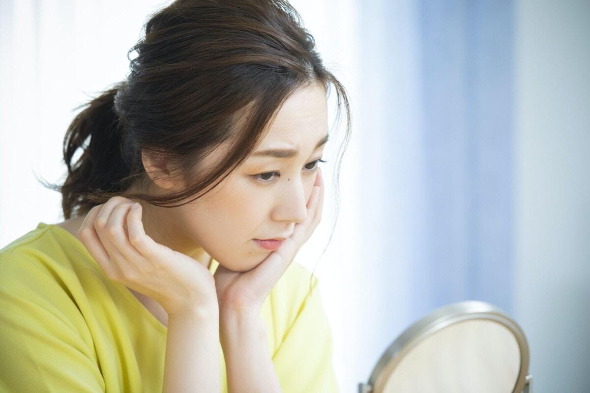 30代 女性 鏡