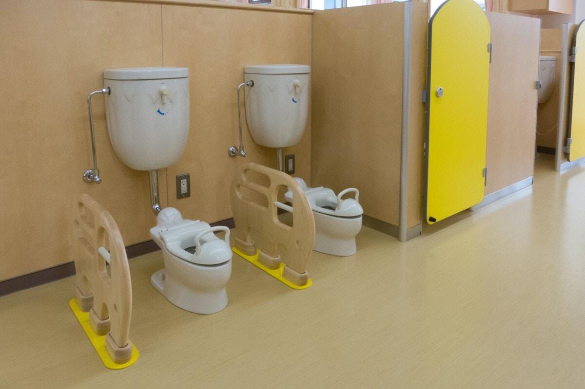 園 トイレ