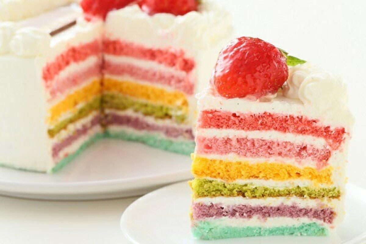 お菓子工房アントレ「ひな祭りレインボーケーキ5号サイズ」