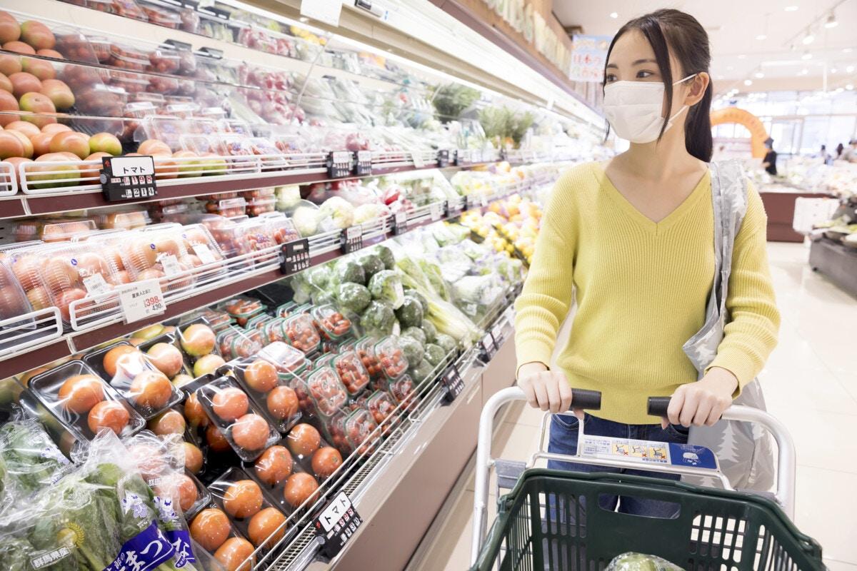 スーパー 買い物