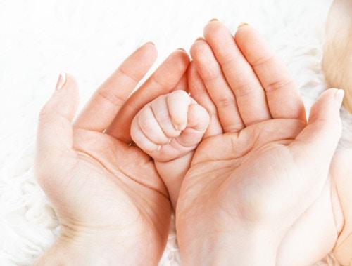 乳幼児 手