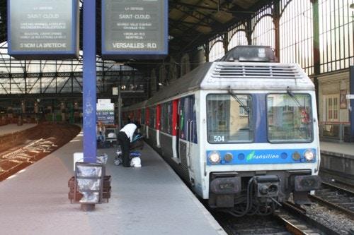 電車 ベビーカー
