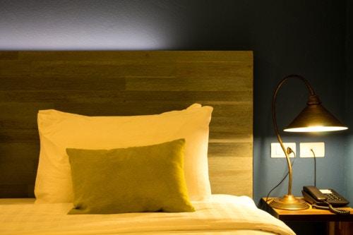 ライト 寝室 夜