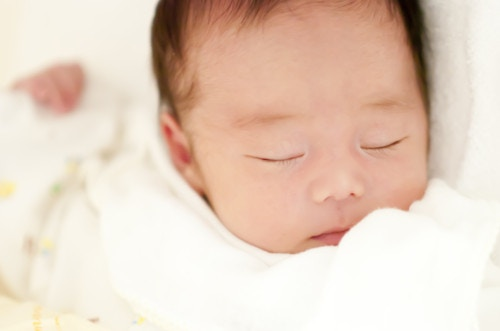赤ちゃんの寝顔