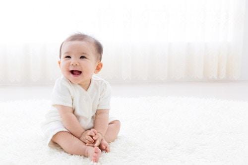 d039f56ffc3e9 新生児肌着の種類と選び方!おすすめ新生児肌着紹介  ママリ