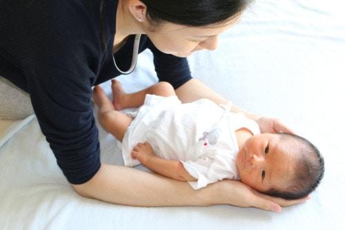 新生児 母親 日本人