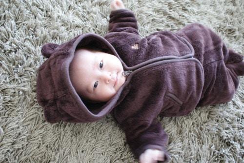 赤ちゃんの体温調節は肌着や洋服で上手に調整!