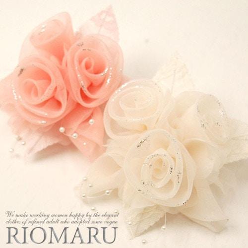 【日本製】ブライトオーガンジー3つ花コサージュ
