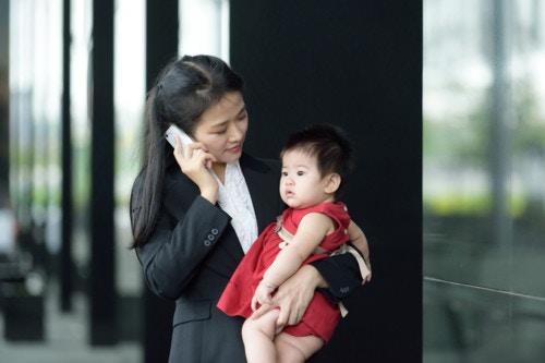 働く 女性 子供