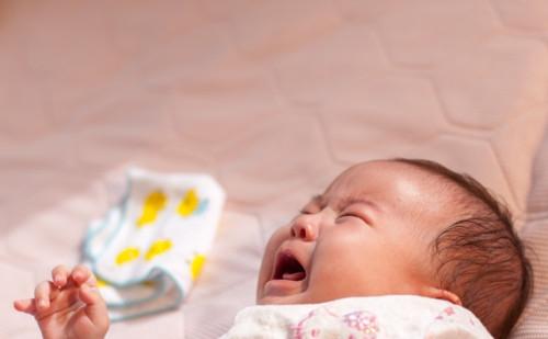 赤ちゃん 仰向け