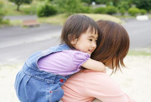 2歳 日本 笑顔
