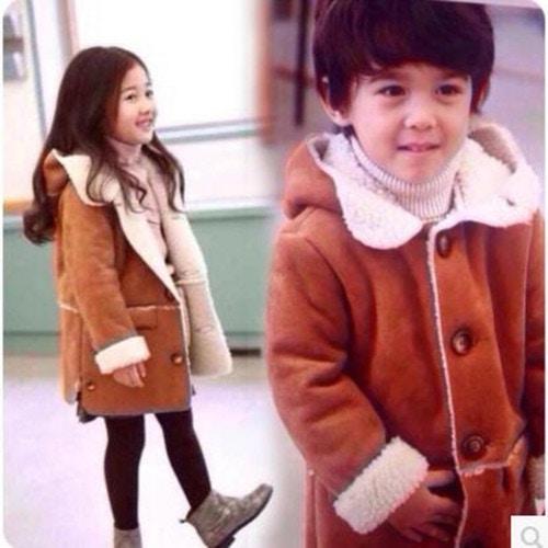 韓国子供服 もこもこフード付きアウター