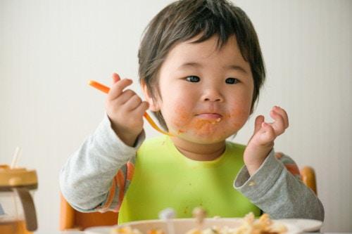 食べる 2歳