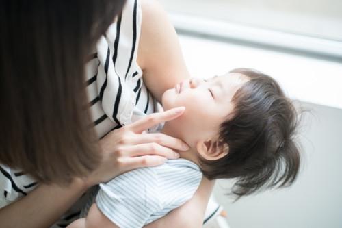 男の子 幼児 母親