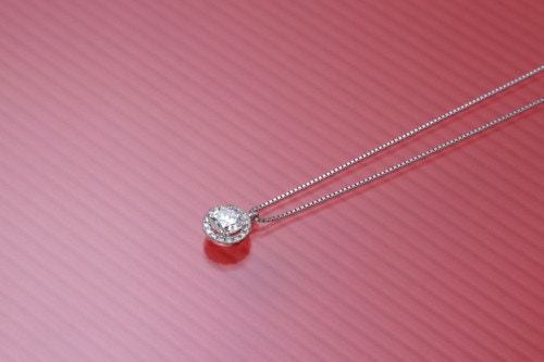 ネックレス ダイヤ