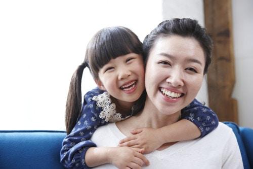 子供 ママ 笑顔