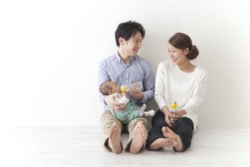 赤ちゃん 家族 日本