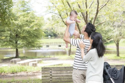 公園 家族 赤ちゃん