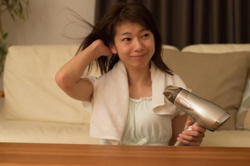 髪の毛 乾かす