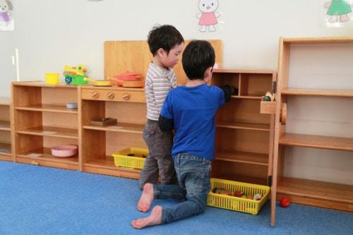 子供 遊ぶ 日本人