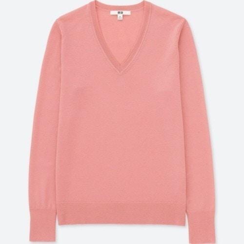 ユニクロ エクストラファインメリノVネックセーター