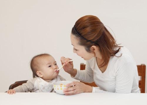 離乳食 日本