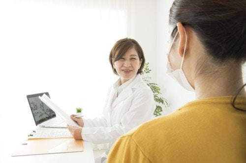 産婦人科医