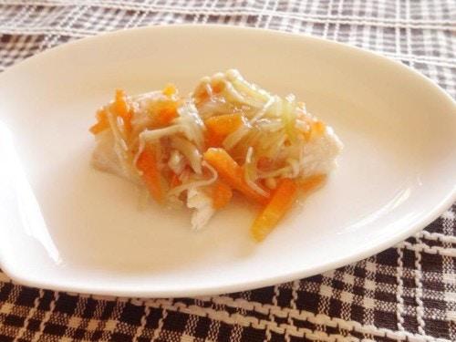 蒸し魚と野菜のあんかけ
