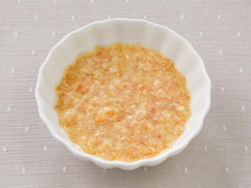 豆腐とニンジンのスープ