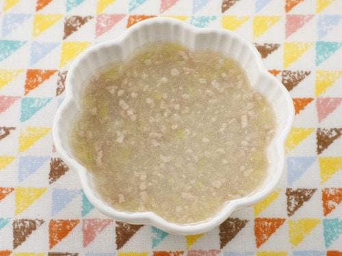 キャベツとチキンのスープ