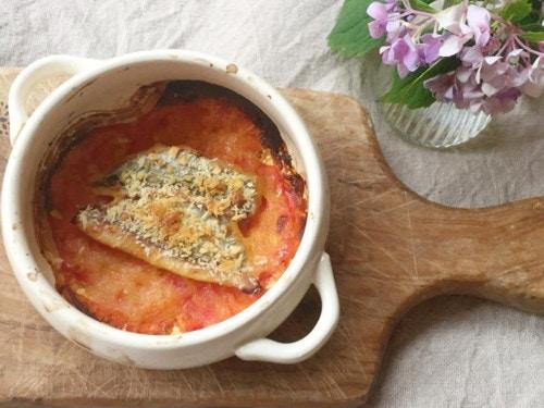 焼きトマトと赤魚のグラタン