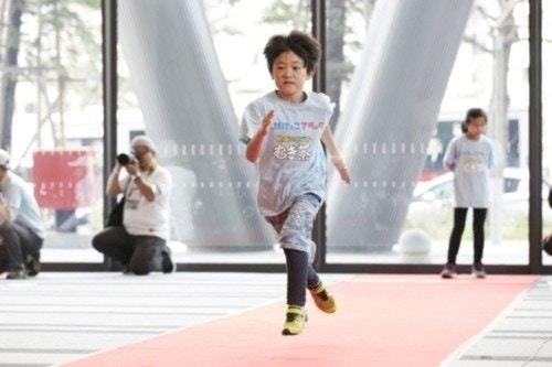 レクチャー後の走る子供のたち