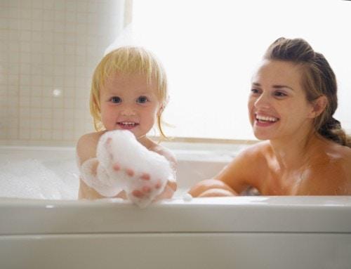 赤ちゃん お風呂 ママ