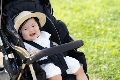 赤ちゃん 日本人 暑い