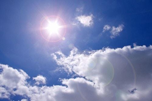 真夏 太陽