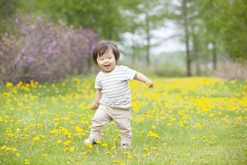 赤ちゃん 散歩