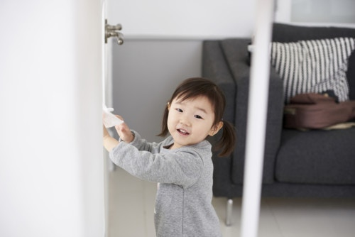 ドア 子供